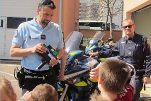 actu-imp-les-catherinettes-la-gendarmerie6